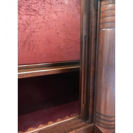 aron kodesh upholstery and lighting