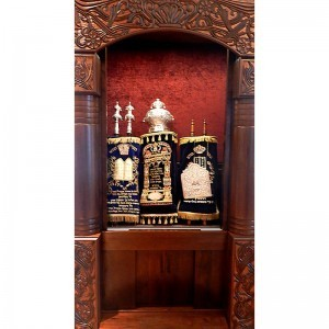 aron kodesh traditional torah ark