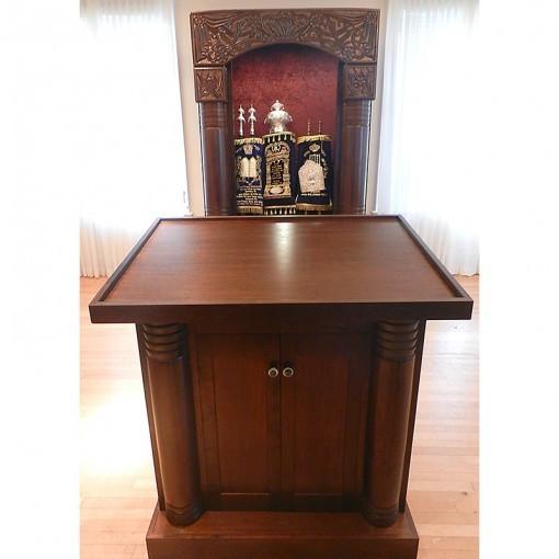 custom aron kodesh for international chabad headquarters