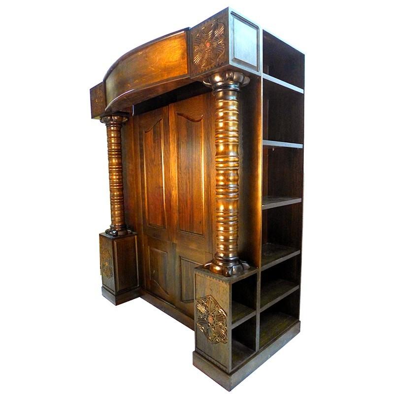 aron kodesh with bookshelves built in