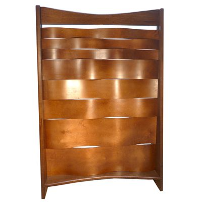 Mechitza with bent wood design