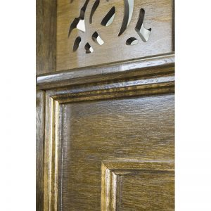 wood mechitza with laser cut lattice decorative detail and molding