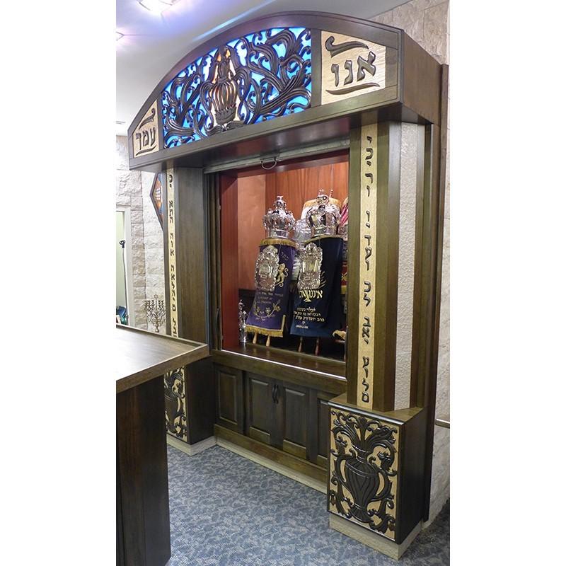 sliding doors open at synagogue aron kodesh in queens