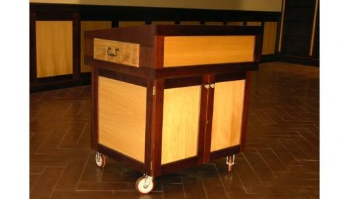 Custom Synagogue Bimah Toronto