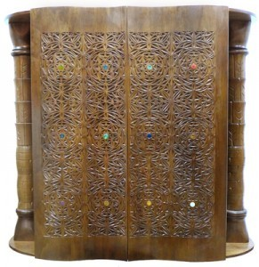 twelve tribes curved carving doors