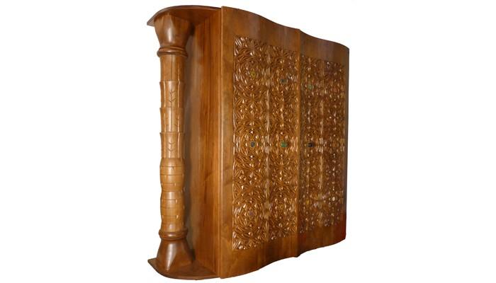 תיבה לספר תורה   היכל ארון קודש הוא זכר לארון הברית