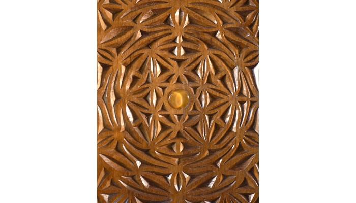 Curved carved door aron kodesh