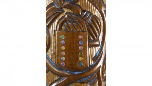 twelve tribes carving lavi with glass