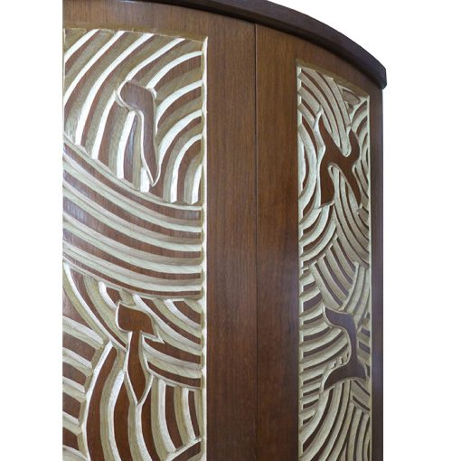 Curved door aron kodesh for one torah carved details