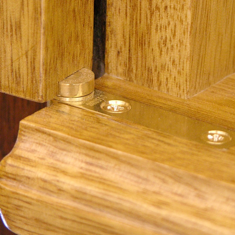 brass scissor hinge for Contemporary aron kodesh from solid wood