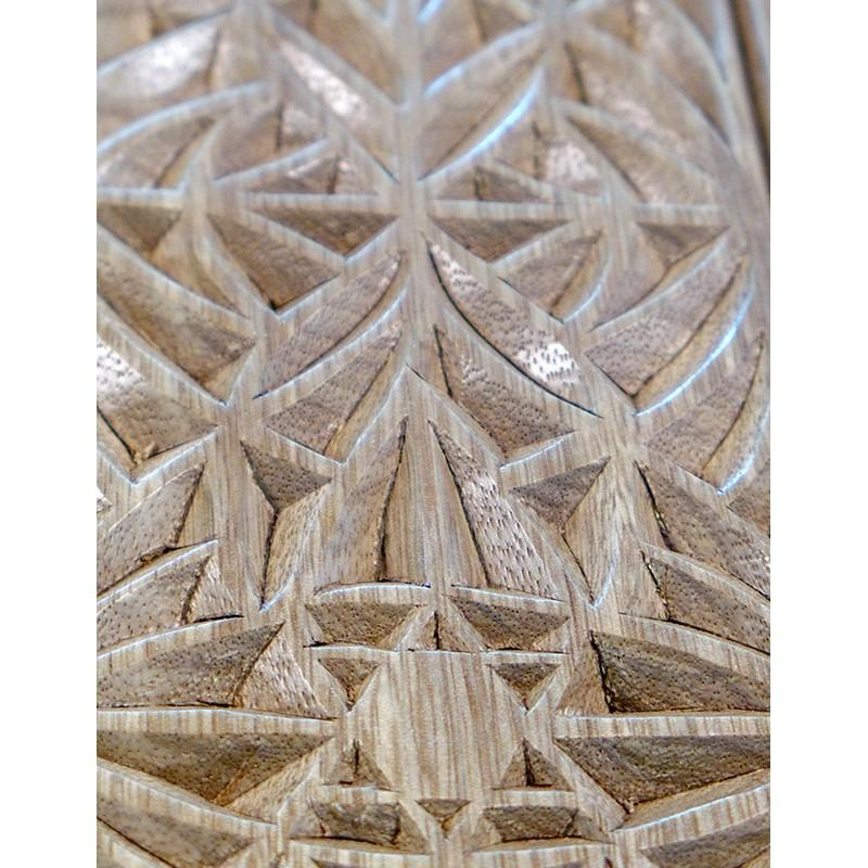 portable hanging aron kodesh for synagogue in Jerusalem carving detail