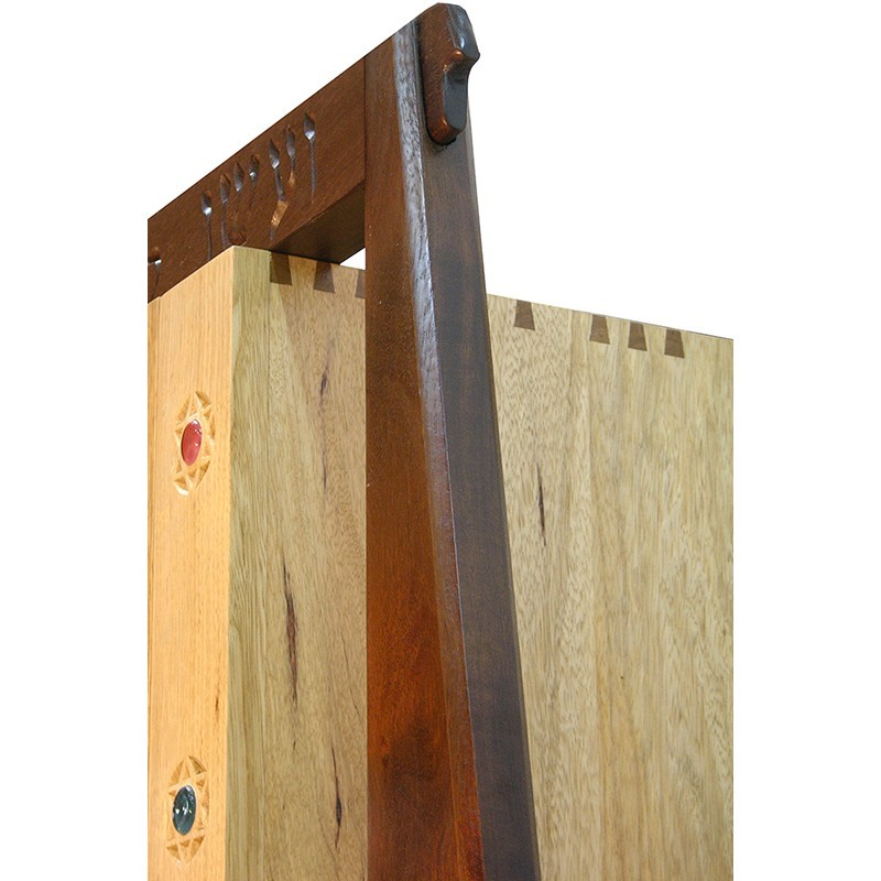 joinery holding hanging aron kodesh