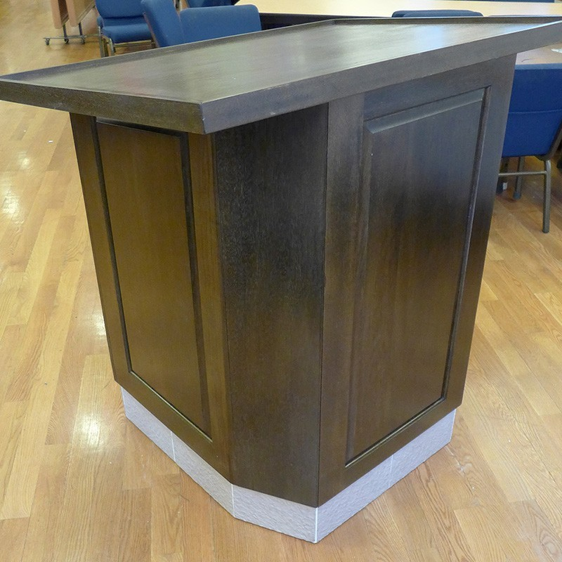 torah reading table in queens from wood