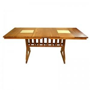 cherry wood table with pedestal base and extending mechanism